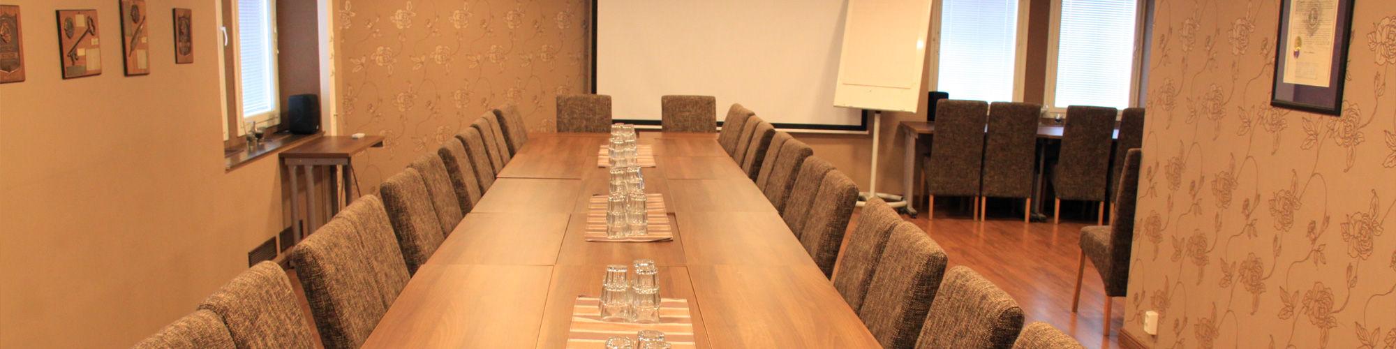 Yläkerran kokoustilat
